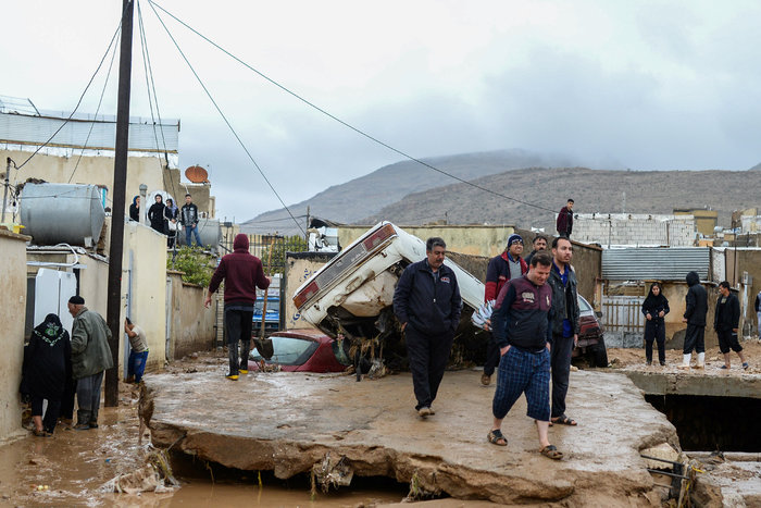 Ιράν: 23 άνθρωποι έχασαν τη ζωή τους από πλημμύρες - εικόνα 2
