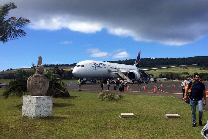 Reuters: Οδοιπορικό στο Νησί του Πάσχα, το πιο απομονωμένο του κόσμου