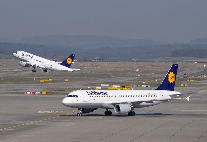 H Lufthansa αεροπορική εταιρεία της χρονιάς