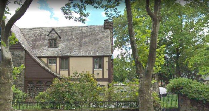 """Πωλείται το σπίτι του """"Νονού"""" Μάικλ Κορλεόνε"""