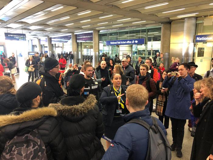 Η Eurostar αναστέλλει όλα τα δρομολόγια στη Βρετανία - εικόνα 2