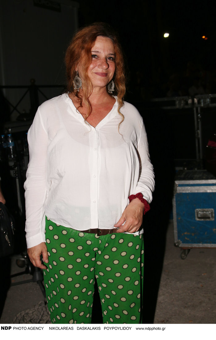 H Ευανθία Ρεμπούτσικα στο TheTOC: Οι ιστορίες και οι μουσικές μας λυτρώνουν