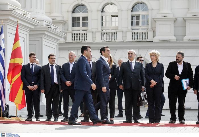 Μήνυμα φιλίας Τσίπρα - Ζάεφ: Ανοίγουμε πρεσβείες στις δύο χώρες - εικόνα 2