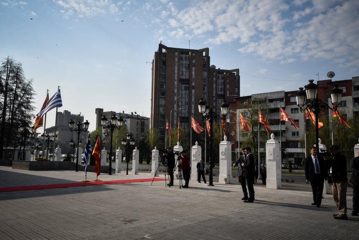 Μήνυμα φιλίας Τσίπρα - Ζάεφ: Ανοίγουμε πρεσβείες στις δύο χώρες - εικόνα 4