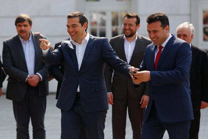 Μήνυμα φιλίας Τσίπρα - Ζάεφ: Ανοίγουμε πρεσβείες στις δύο χώρες - εικόνα 8