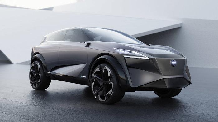 Λίγο πριν την αποκάλυψη το νέο, προκλητικό, sedan της Nissan
