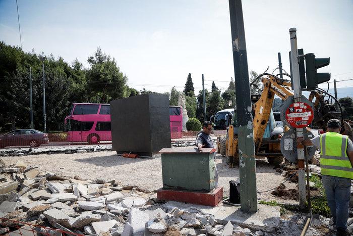 Στήνεται το άγαλμα του Μεγάλου Αλεξάνδρου στην Αθήνα - Εικόνες - εικόνα 3