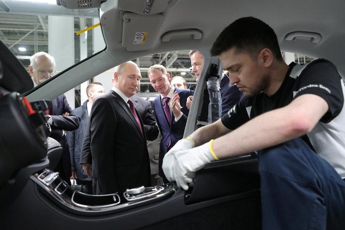 Η Ford έφυγε η  Mercedes-Benz έφθασε στη ρωσική αγορά