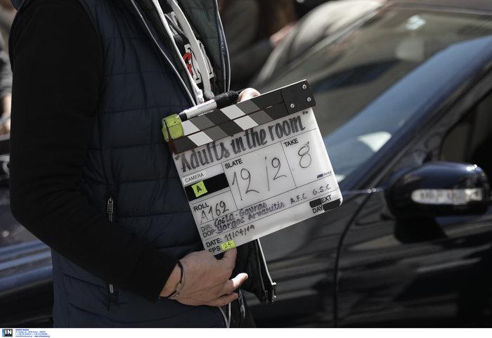 Εικόνες από τα γυρίσματα της ταινίας του Κώστα Γαβρά στο κέντρο Αθήνας