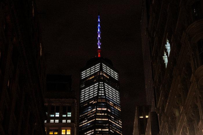Στα χρώματα της Γαλλίας το Εmpire State Building - εικόνα 3