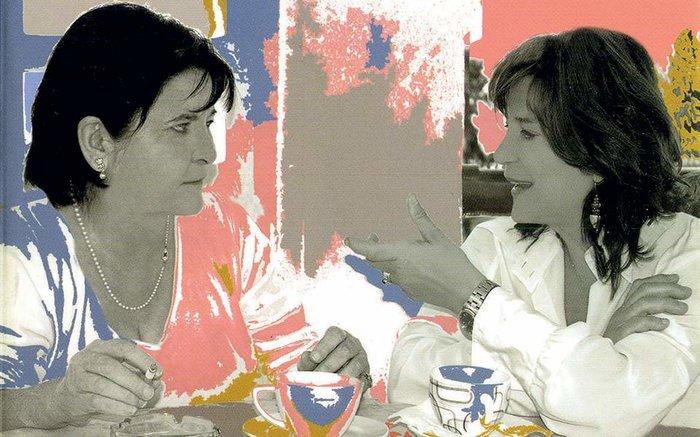 Όταν η Φωτεινή Τσαλίκογλου συνάντησε την Μαργαρίτα Καραπάνου - εικόνα 2