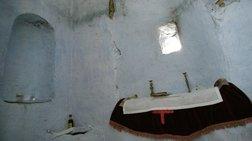 Απίστευτο περιστατικό στη Φθιώτιδα: Έσκαψαν για θησαυρό μέσα στο ...ιερό