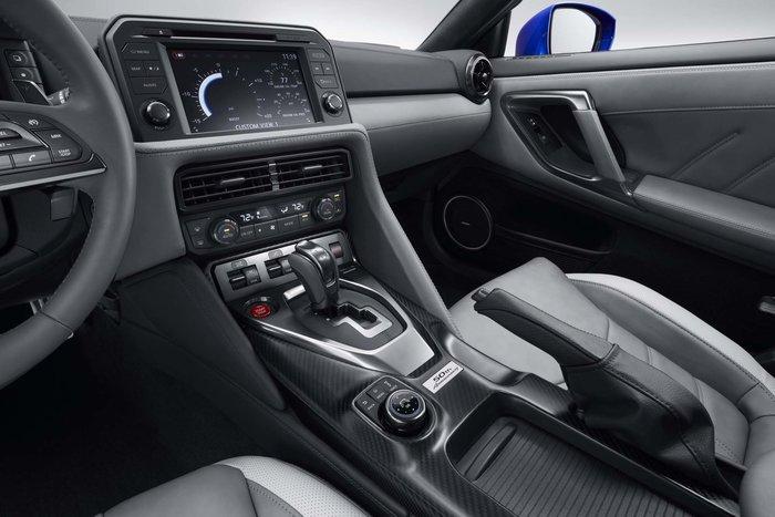 Το Nissan GT-R 50th Anniversary Edition απλά δεν υπάρχει! (video) - εικόνα 7