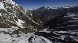 ekstrateia-katharismou-tou-eberest-diorganwnei-to-nepal