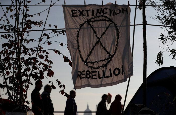 Η τελευταία γενιά: Οι Βρετανοί έφηβοι διαδηλώνουν για το κλίμα (φωτό) - εικόνα 4