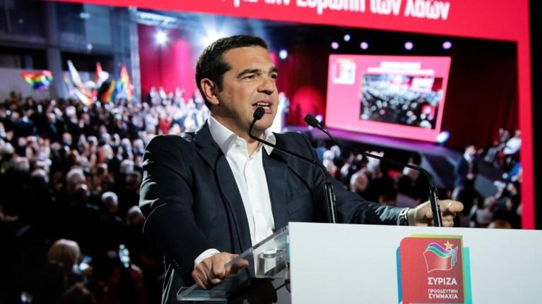 tsipras-o-mitsotakis-otan-mila-programmatika-den-uposxetai-apeilei