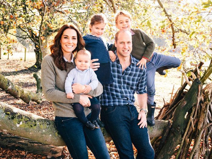 Γενέθλια στο παλάτι: Ο πρίγκιπας Λούις έγινε 1 έτους και μοιράζει χαμόγελα - εικόνα 2
