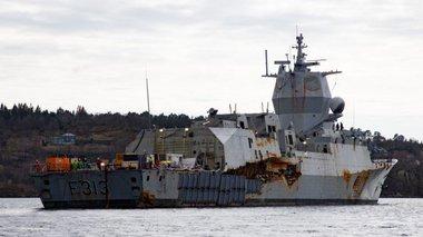 i-norbigiki-fregata-pou-emeine-sto-butho-gia-3-mines-binteo