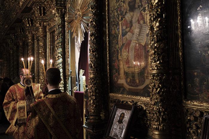 Βαθιά συγκίνηση στην Ακολουθία Αποκαθηλώσεως στο Οικουμενικό Πατριαρχείο