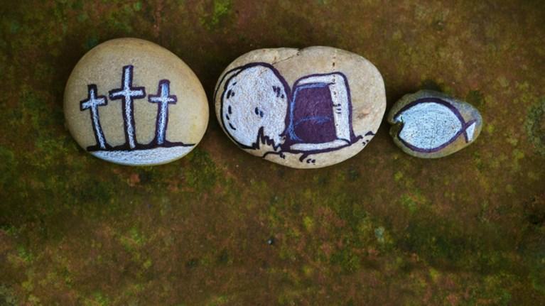 To TheTOC.gr σας εύχεται καλή Ανάσταση και καλό Πάσχα ...