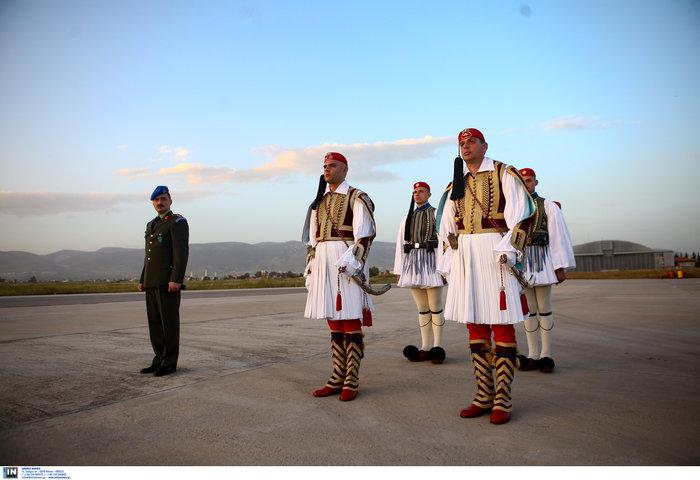 Γιατί καθυστέρησε να έρθει το Αγιο Φως στην Ελλάδα - εικόνα 3