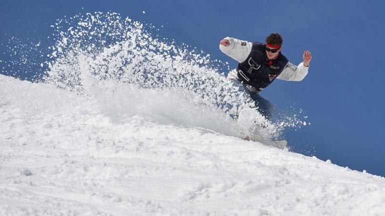 elbetia-tesseris-skier-apo-ti-germania-skotwthikan-apo-xionostibada