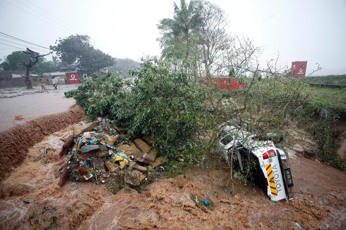 Μοζαμβίκη: Χείμαρροι λάσπης ισοπέδωσαν σπίτια, παγίδευσαν οικογένειες - εικόνα 2