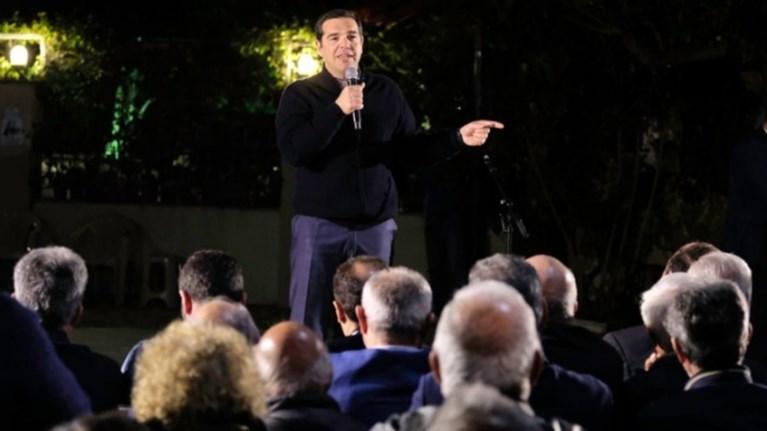 tsipras-se-mitsotaki-oudeis-katafere-na-doksastei-kruptomenos