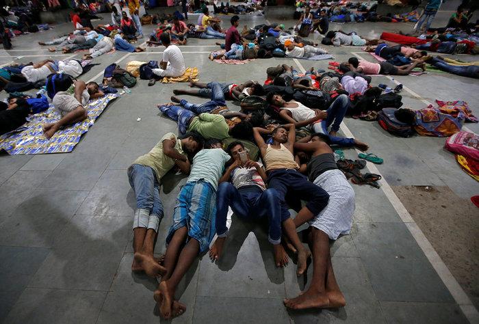 Ο τυφώνας Φάνι πλήττει την Ινδία-απομακρύνθηκαν 1 εκατ. άνθρωποι
