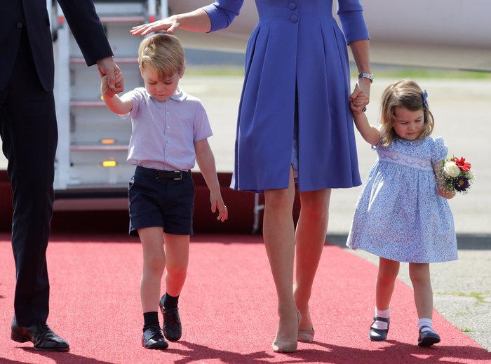 Ξέρουμε γιατί η πριγκίπισσα Σάρλοτ είναι πάντα ντυμένη στα γαλάζια - εικόνα 3
