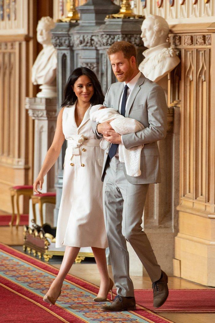 Η στιγμή που περιμέναμε: Η πρώτη εμφάνιση του βασιλικού μωρού - εικόνα 5