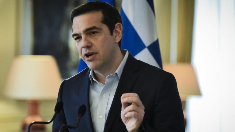 i-apantisi-tsipra-ston-mitsotaki-gia-ton-patera-tou-ti-xounta-kai-to-pasok