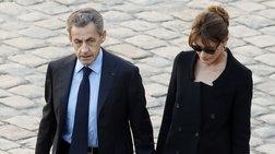 Ο γιος της Κάρλα Μπρούνι ζητά την έξοδο της Γαλλίας από την ΕΕ