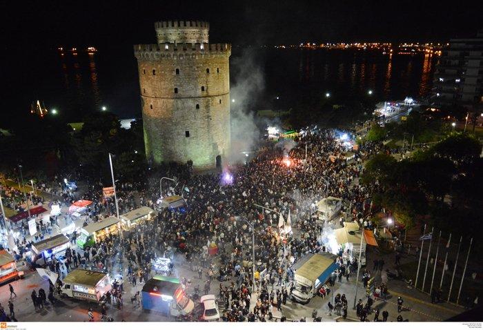 Η νύχτα μέρα στη Θεσσαλονίκη για τον νταμπλούχο ΠΑΟΚ [Εικόνες-Video] - εικόνα 6