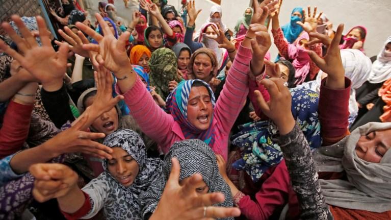 Ινδικό βιασμό σεξ λεσβιακά σύμβολα σεξ