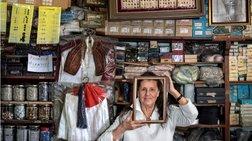 Οι 65 άνθρωποι του εμπορικού τριγώνου της Αθήνας. Μια αλλιώτικη έκθεση