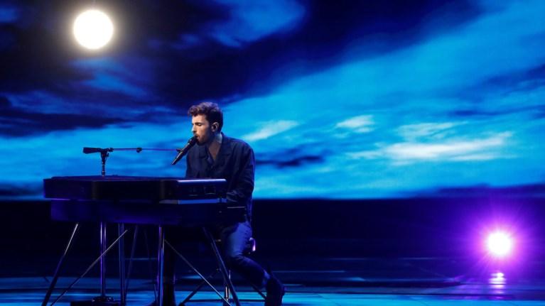 ntankan-lorens---eurovision-i-thliberi-istoria-tou-tragoudiou-pou-sarwse