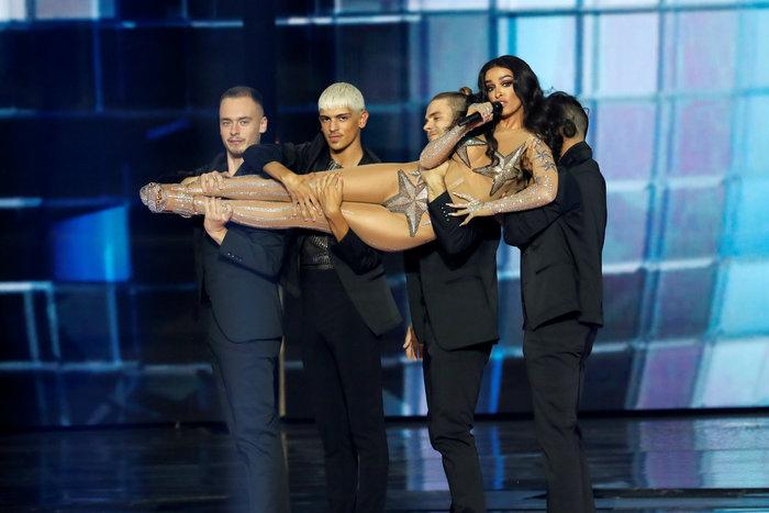 Ελένη Φουρέιρα: Με αέρα ποπ σταρ και 250.000 Swarovski στη Eurovision - εικόνα 2