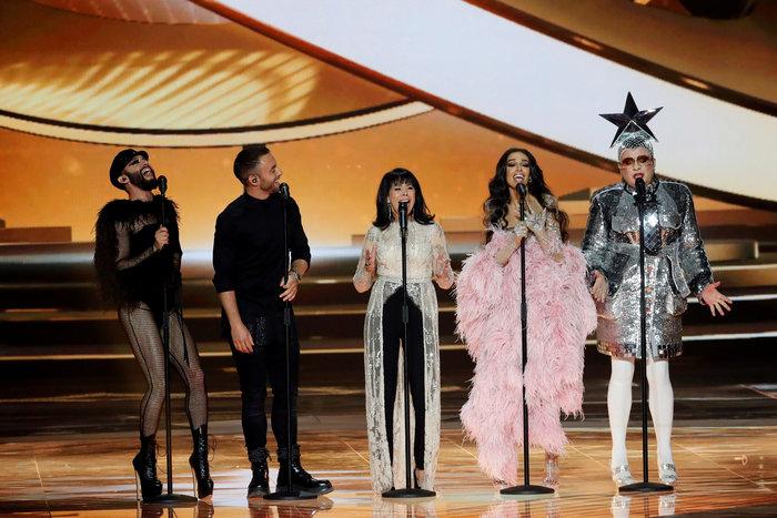 Ελένη Φουρέιρα: Με αέρα ποπ σταρ και 250.000 Swarovski στη Eurovision - εικόνα 3