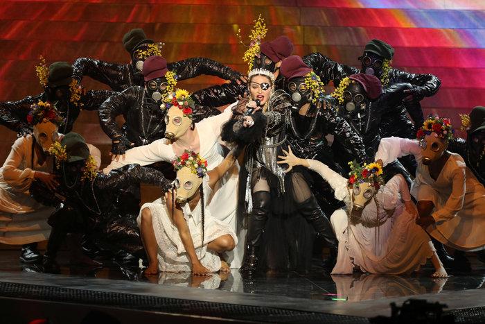 Πίσω από την εμφάνιση της Μαντόνα κρύβεται ένας Έλληνας, ο Gregory Kara - εικόνα 2