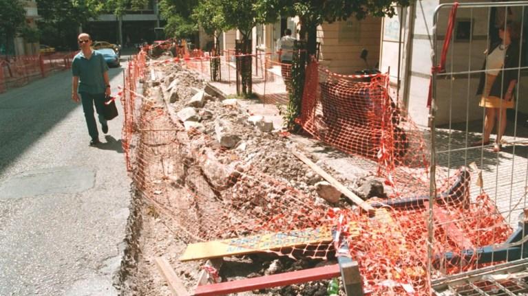 Αναμονή 28 μήνες μέχρι να ολοκληρωθεί ένα έργο υποδομής