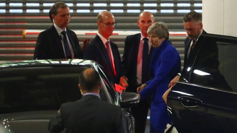 ti-nea-tis-sumfwnia-gia-to-brexit-parousiase-i-tereza-mei