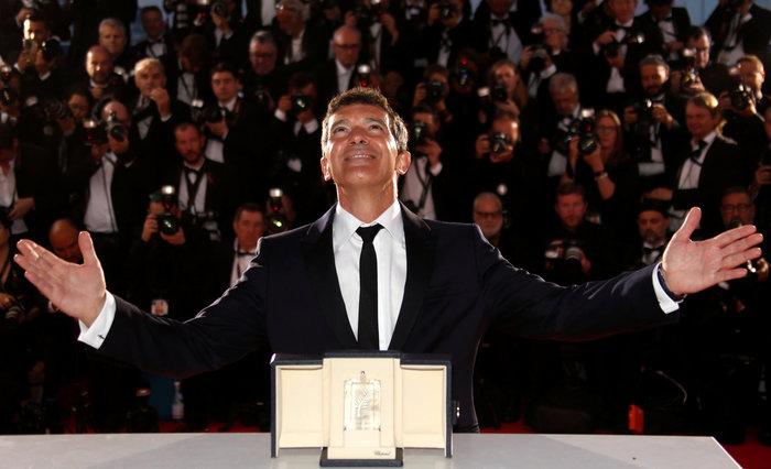 Ο Αντόνιο Μπαντέρας με βραβείο ερμηνείας στις Κάννες