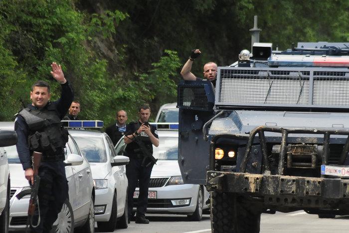 Εκτονώνεται η ένταση στο βόρειο Κόσοβο - 29 συλλήψεις - εικόνα 3