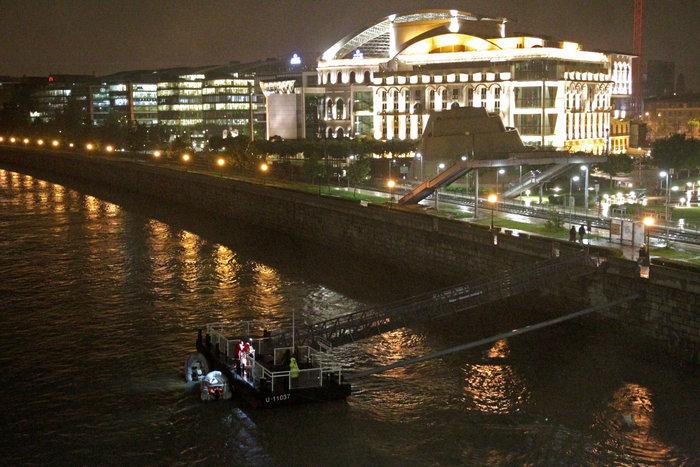 Ουγγαρία:Βυθίστηκε πλοιάριο με τουρίστες στο Δούναβη-7 νεκροί & αγνοούμενοι - εικόνα 3