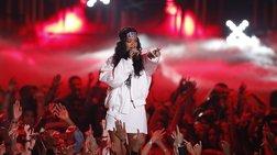 Forbes: Η Ριάνα η πλουσιότερη τραγουδίστρια στο κόσμο