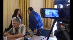 Απίστευτες σκηνές πριν από την συνέντευξη Τύπου του Πέτρου Τατούλη