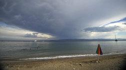 Μίνι κακοκαιρία με σποραδικές καταιγίδες