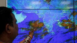 Iνδία: Nεκροί από καύσωνα ενώ ανατολικά ετοιμάζονται για κυκλώνα
