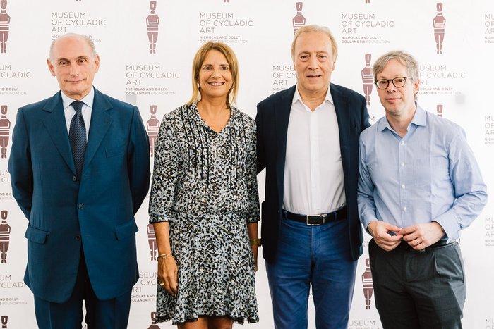 Aπό αριστερά: Bernard Ruiz Picasso, Πρόεδρος Fundación Almine y Bernard Ruiz-Picasso para el Arte, Σάντρα Μαρινοπούλου, Πρόεδρος Moυσείου Κυκλαδικής Τέχνης, Καθηγητής, Νίκος Σταμπολίδης, Διευθυντής του Moυσείου Κυκλαδικής Τέχνης & Επιμελητής της έκθεσης, Οlivier Berggruen, Επιμελητής της έκθεσης.